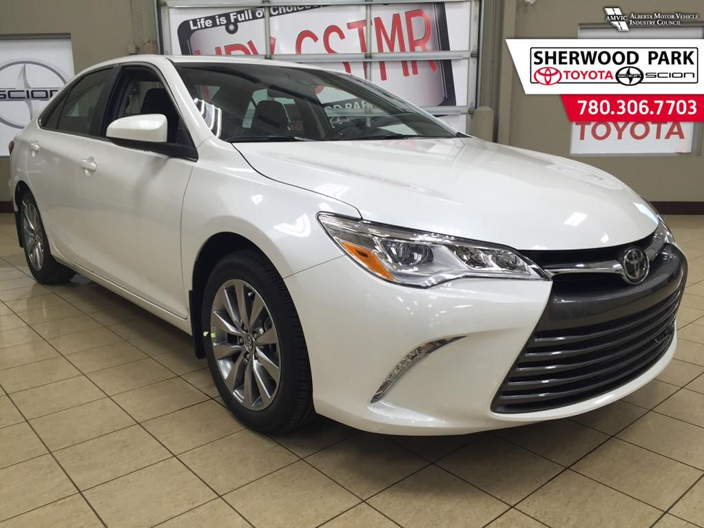 new 2016 toyota camry xle 4 door car in sherwood park 6ca3260 sherwood park toyota. Black Bedroom Furniture Sets. Home Design Ideas