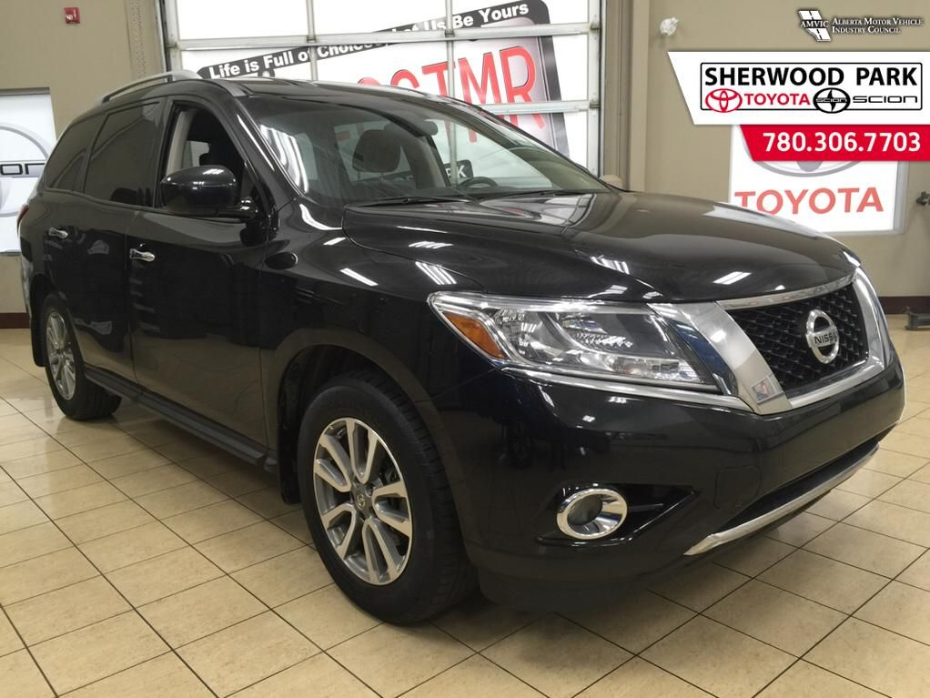pre owned 2014 nissan pathfinder sv reduced 4 door sport utility in sherwood park 6si9080b. Black Bedroom Furniture Sets. Home Design Ideas