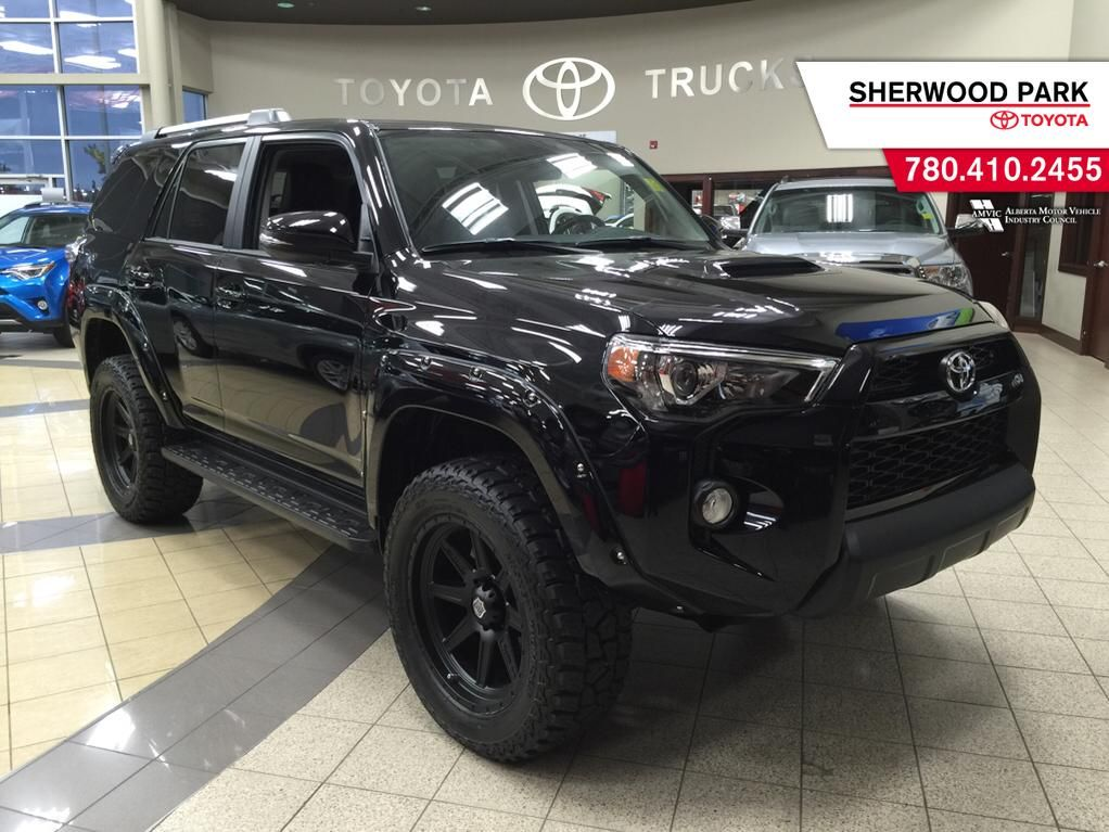 new 2016 toyota 4runner custom trail 4 door sport utility. Black Bedroom Furniture Sets. Home Design Ideas